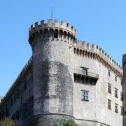 Castello di Bracciano - Foto di LivioAndronico2013, licenza CC-BY-SA-4.0, da Wikimedia Commons