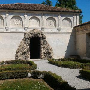 Palazzo Te, giardino segreto - Foto di IVIPRO