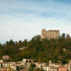 Zavattarello - Foto di Yoruno, licenza CC-BY-SA-2.5, da Wikimedia Commons